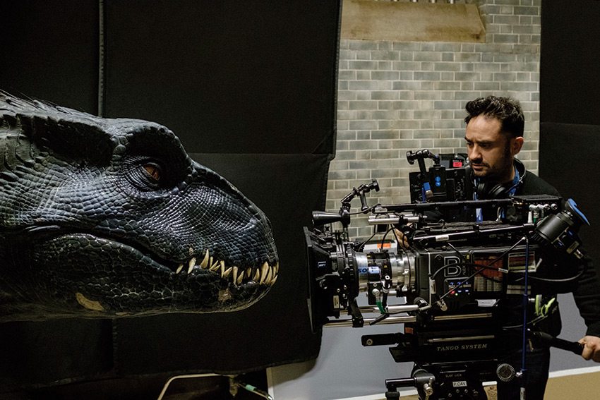Interview:'Jurassic World: Fallen Kingdom' Director J.A. Bayona