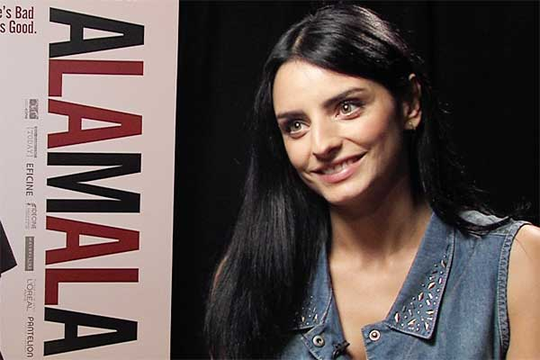 Aislinn Derbez A La Mala interview about Mauricio Ochmann