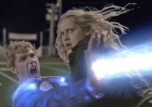 Alex Pettyfer and Teresa-Palmer in I Am Number Four
