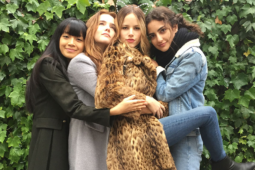 Before I Fall Zoe Deutch Halston Sage