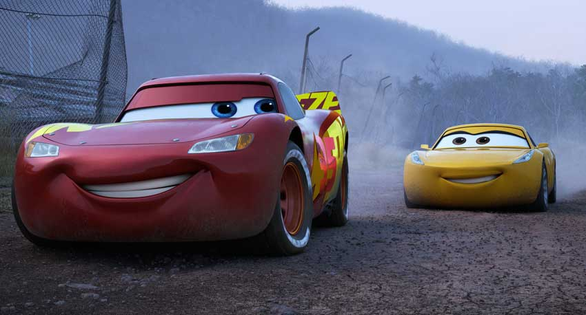 CARS 3 LightningMcQueen Cruz