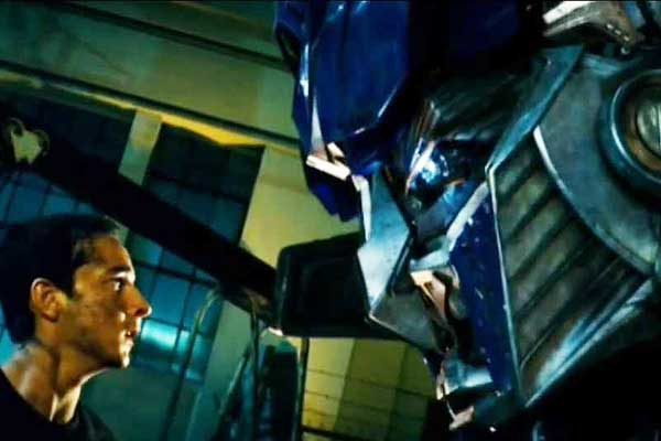 transformers-movie-Shia-LaBeouf-OptimusPrime