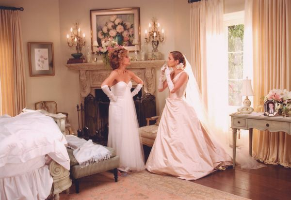 MONSTER IN LAW Jennifer Lopez and Jane Fonda