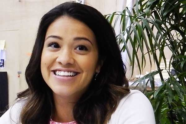 Gina-Rodriguez-Jane-The-Virgin-interview