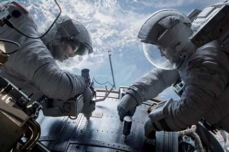 Gravity-movie-George-Clooney-Sandra-Bullock