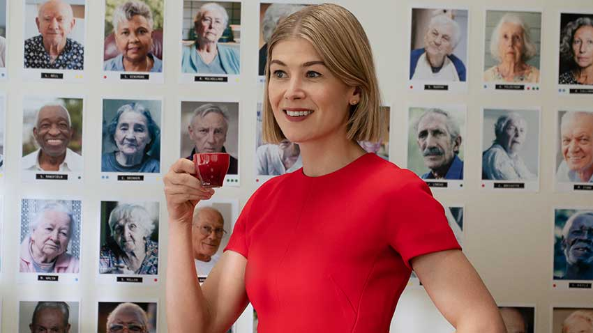Rosamund Pike in I CARE A LOT