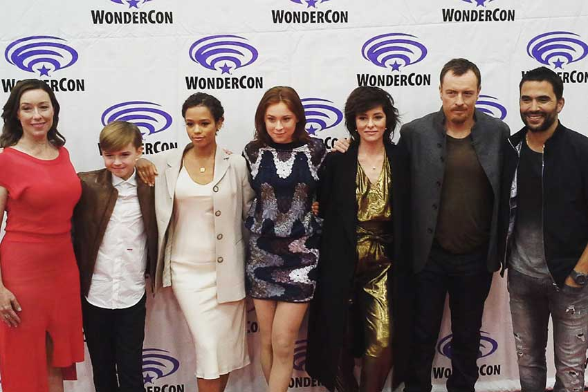 Lost in Space Cast WonderCon
