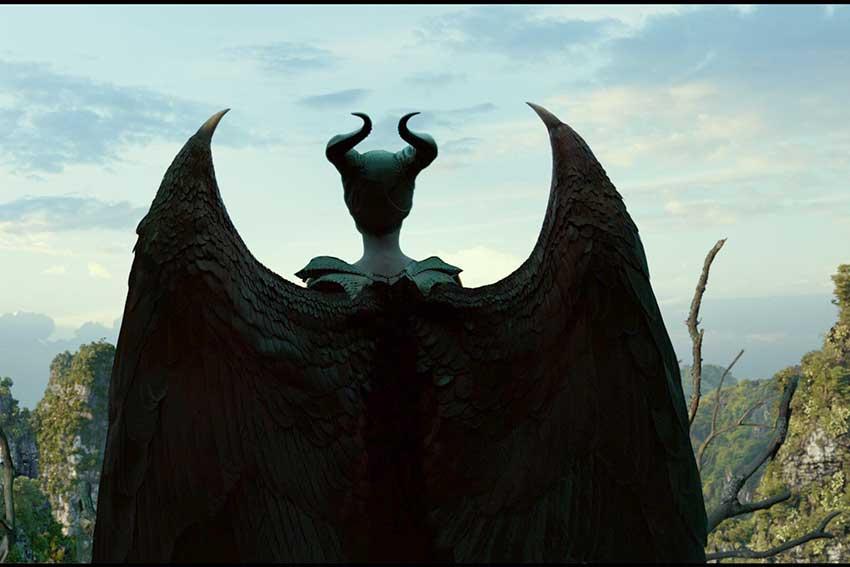 c25b618acb91b0 Maleficent Mistress of Evil Angelina Jolie