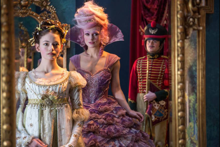 Nutcracker and the Four Realms Mackenzie Foy and Keira Knightley