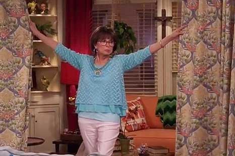 One Day At A Time 2016 Rita Moreno