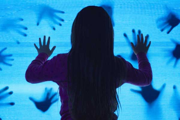 Poltergeist-2015-movie-600