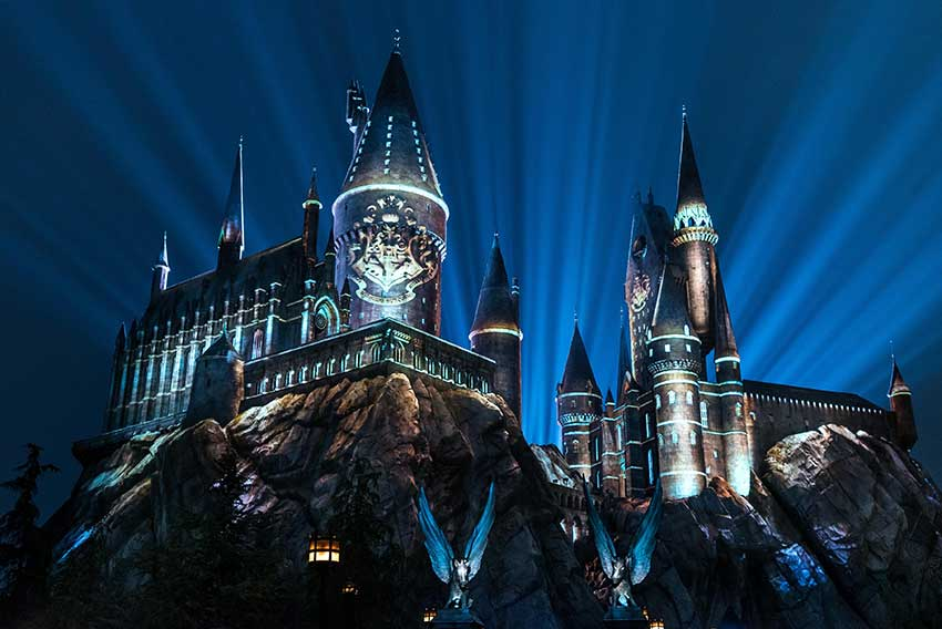 The Nighttime Lights at Hogwarts Castle WWoHP at USH 2018